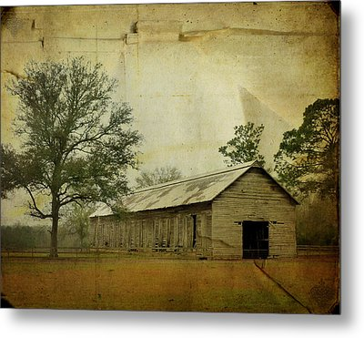 Abandoned Tobacco Barn Metal Print by Carla Parris
