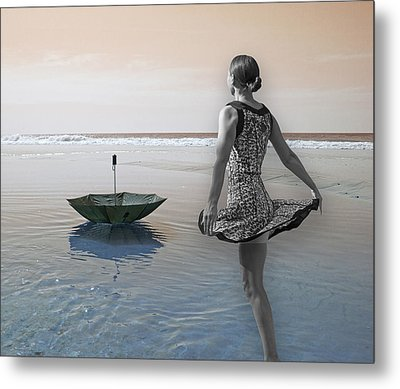 Always Looking To The Light Metal Print by Betsy Knapp