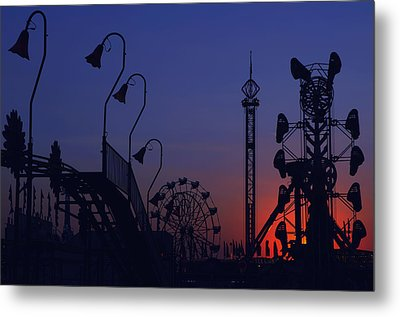 Amusement Ride Silhouette Metal Print by Michael Gass