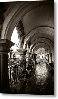 Antigua Arches Metal Print by Tom Bell