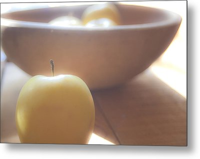 Apple In Waiting Metal Print by Toni Hopper