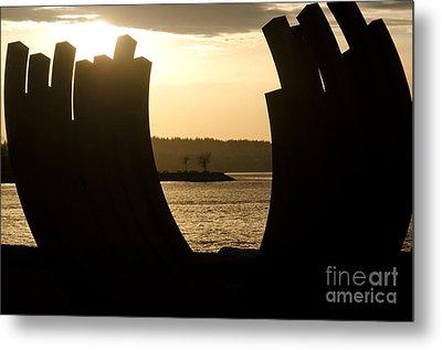 Arcs Sunset Bernar Venet Sculpture Sunset Beach Park Vancouver Bc Canada Metal Print by Andy Smy
