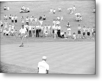 Arnold Palmer Waits At 1964 Us Open At Congressional Country Club Metal Print by Jan W Faul