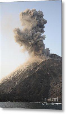 Ash Cloud From Vulcanian Eruption Metal Print by Richard Roscoe