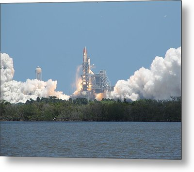 Atlantis Lift Off Metal Print by Keith Stokes