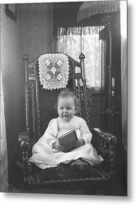 Baby Can Read Metal Print by Jan Faul