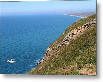Beautiful Coastline Of Point Reyes California . 7d16017 Metal Print by Wingsdomain Art and Photography