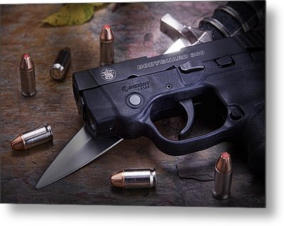 Bodyguard Concealed Carry Metal Print by Tom Mc Nemar