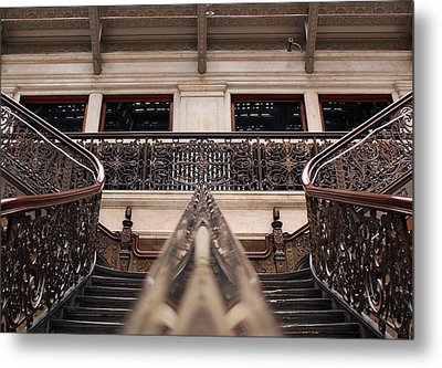 Brass Rail Reflection Metal Print by Peter Chilelli