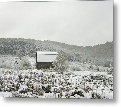 Cabin In The Snow Metal Print by Michael Waters