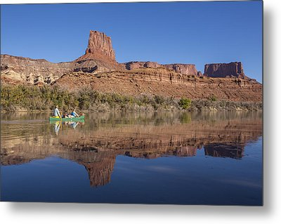 Canoeing The Green River Metal Print by Tim Grams