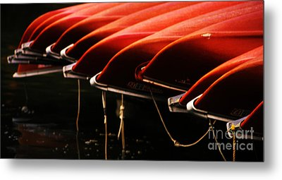 Canoes Of Red Metal Print by Bob Christopher