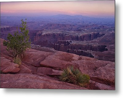 Canyonlands At Dusk Metal Print by Andrew Soundarajan