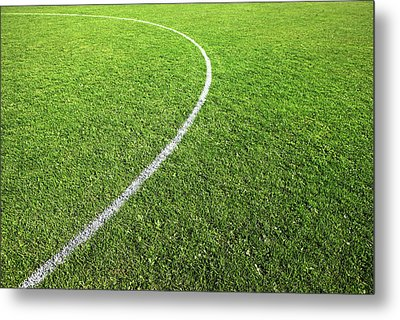 Center Circle On Football Pitch Metal Print by Richard Newstead