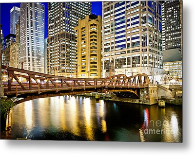 Chicago At Night At Clark Street Bridge Metal Print by Paul Velgos