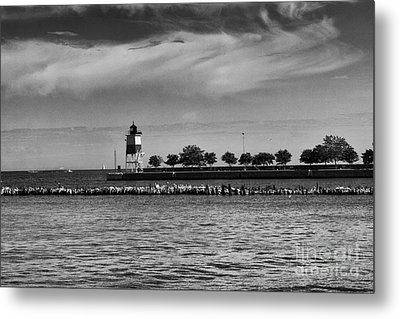 Chicago Lighthouse Metal Print by Leslie Leda