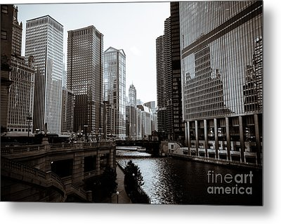 Chicago River Downtown Buildings In Black And White Metal Print by Paul Velgos