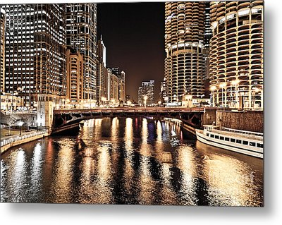 Chicago Skyline At State Street Bridge Metal Print by Paul Velgos