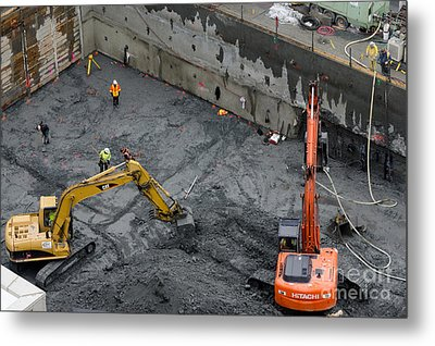 Construction Site Diggers And Workmen In The Foundation Pit Of A New Building Seattle Metal Print by Andy Smy