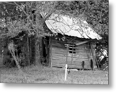 Country Shed Metal Print by Suzanne  McClain