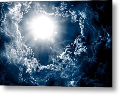 Dark Sky With Sun Metal Print by Nattapon Wongwean