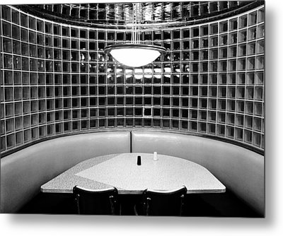 Dining In Black And White Metal Print by David Lee Thompson