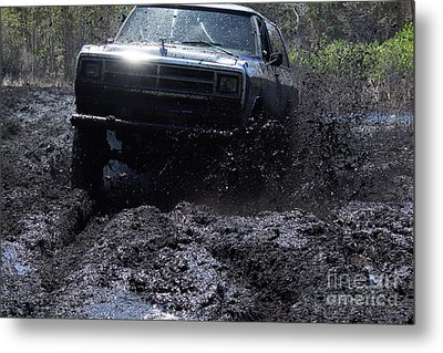 Dodge Ramcharger In Local Mud Metal Print by Lynda Dawson-Youngclaus