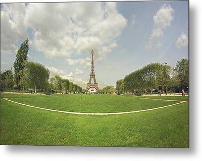 Eiffel Tower Metal Print by by Juanedc