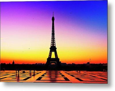 Eiffel Tower Silhouette In Sunrise Metal Print by Audun Bakke Andersen