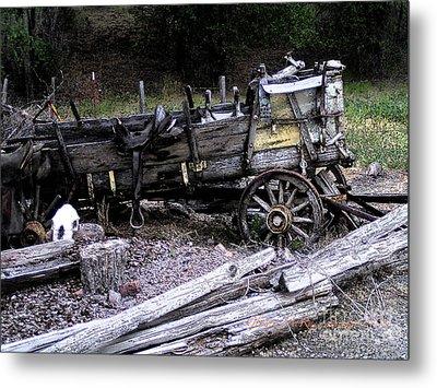 End Of The Trail Oregon Conestoga Wagon  Metal Print by Glenna McRae