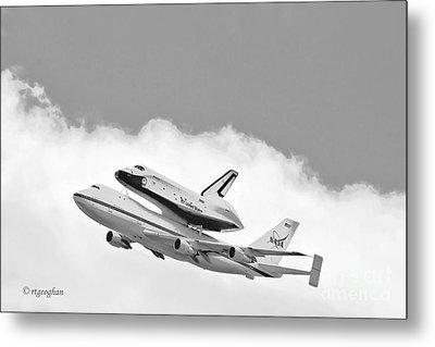 Enterprise Shuttle Over Ny Metal Print by Regina Geoghan