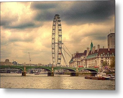 Eye Of The City Metal Print by Sharon Lisa Clarke