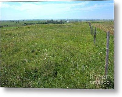 Fence On The Alberta Prairie Metal Print by Jim Sauchyn