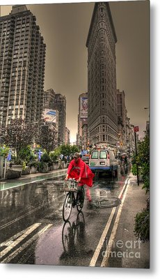 Flatiron In The Rain Metal Print by David Bearden