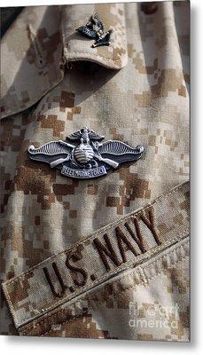 Fleet Marine Force Warfare Device Pin Metal Print by Stocktrek Images