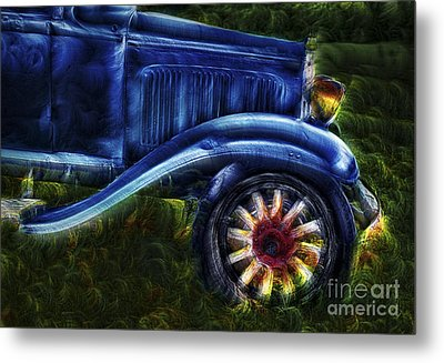 Funky Old Car Metal Print by Susan Candelario