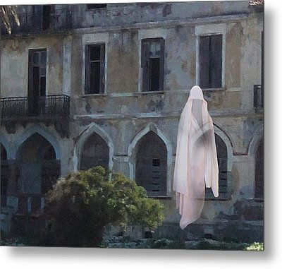 Ghost  Metal Print by Eric Kempson
