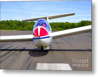Glider On A Runway Metal Print by Richard Thomas