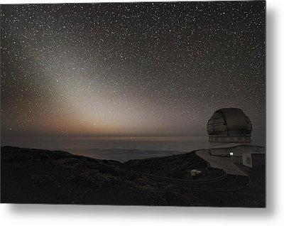 Grantecan Telescope And Zodiacal Light Metal Print by Alex Cherney, Terrastro.com