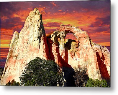 Grosvners Arch Metal Print by Marty Koch