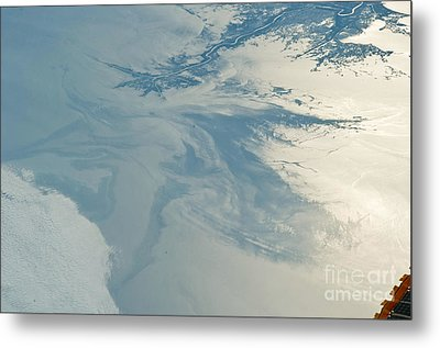 Gulf Of Mexico Oil Spill From Space Metal Print by NASA/Science Source