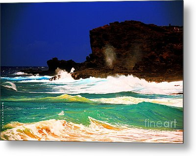 Halona Blowhole Metal Print by Cheryl Young