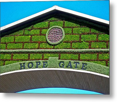 Hope Gate - Quebec City Metal Print by Juergen Weiss