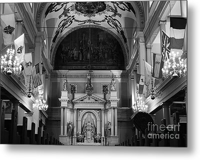 Inside St Louis Cathedral Jackson Square French Quarter New Orleans Black And White Metal Print by Shawn O'Brien