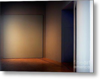 Interior Corner Metal Print by Susan Isakson