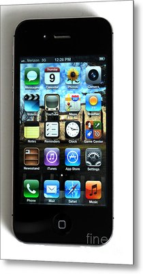 Iphone Metal Print by Photo Researchers