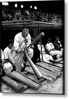 Joe Chamberlain - Chicago White Sox Metal Print by David Bearden