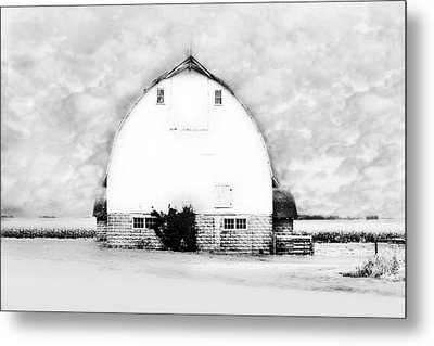 Kays Barn Metal Print by Julie Hamilton