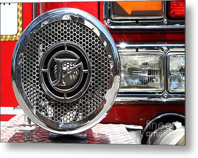 Kensington Fire District Fire Engine Siren . 7d15880 Metal Print by Wingsdomain Art and Photography