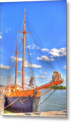 Know The Ropes Metal Print by Barry R Jones Jr
